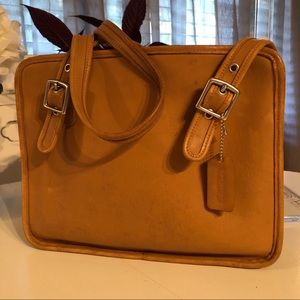 Coach Vintage Classic Compartment Bag in camel